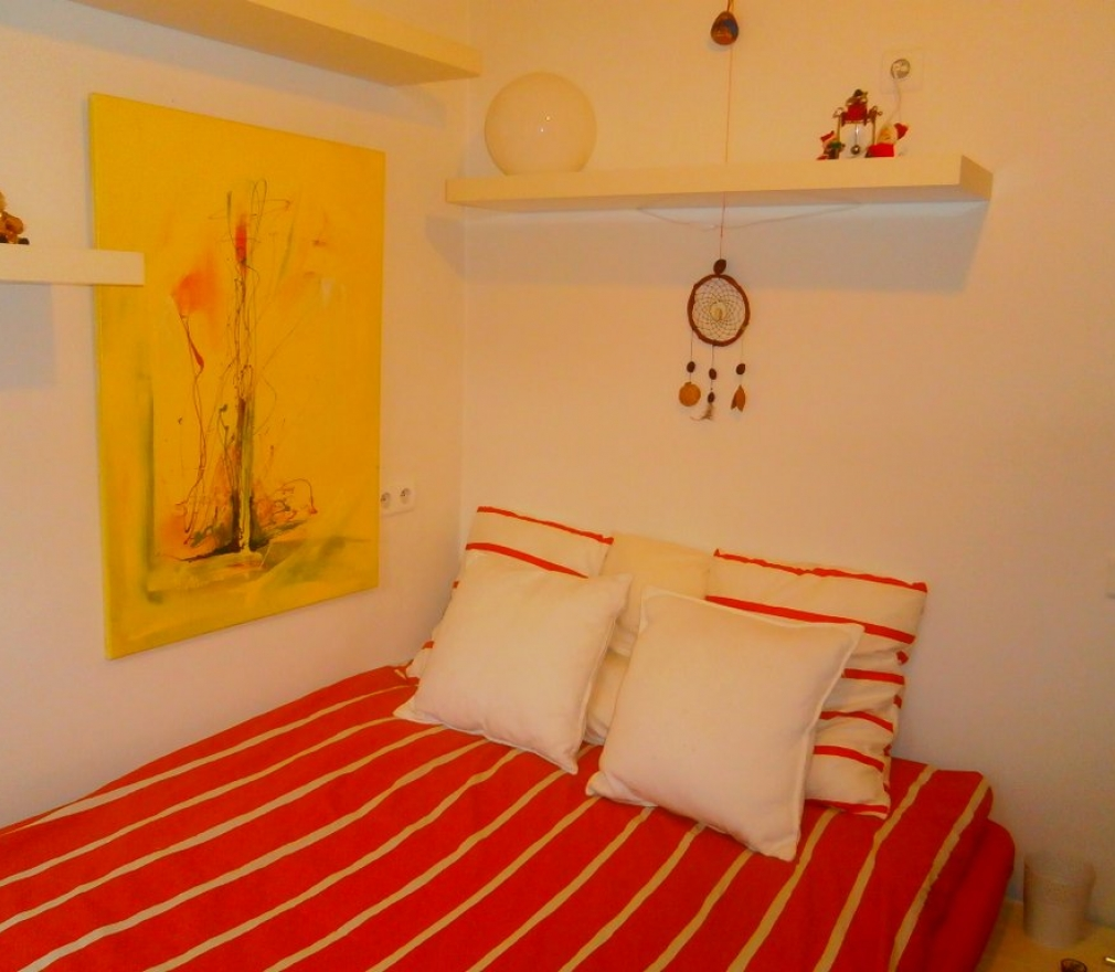 Room, Brussels, Bedrooms: 2