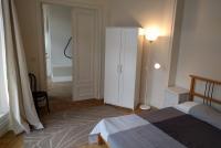 Room, Brussels, Bedrooms: 3