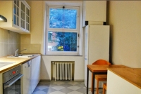 Sit-in kitchen fully equiped with dishwasher