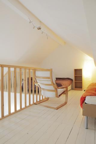 Bedroom with double and single bed